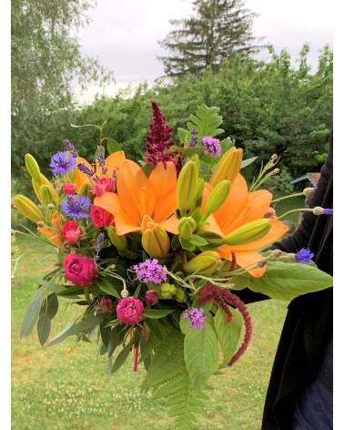 Bouquet coloré de fleurs françaises et de saison