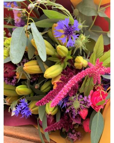 Bouquet composé de fleurs de printemps en livraison autour de Mâcon.